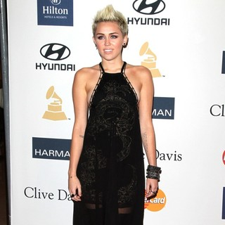 Miley Cyrus - Clive Davis and The Recording Academy's 2013 Pre-Grammy Gala and Salute to Industry Icons