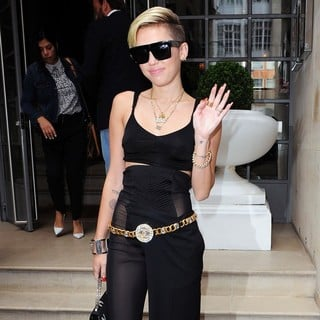 Miley Cyrus in Miley Cyrus Leaving Her Hotel