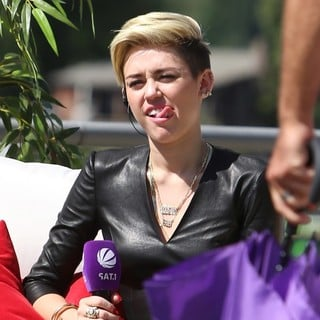 Miley Cyrus in Miley Cyrus on German SAT 1 TV Show Fruehstuecksfernsehen