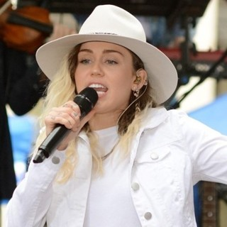 Miley Cyrus Performing Live on Today Show