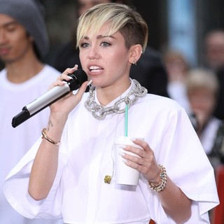 Miley Cyrus in Miley Cyrus Performs on The Today Show as Part of Their NBC Toyota Concert Series