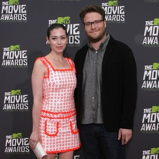 Lauren Miller, Seth Rogen in 2013 MTV Movie Awards - Arrivals