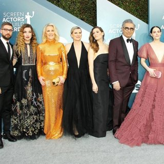 Dustin Milligan, Annie Murphy, Catherine O'Hara, Jennifer Robertson, Sarah Levy, Eugene Levy, Emily Hampshire, Daniel Levy, Noah Reid in 26th Annual SAG Awards - Arrivals