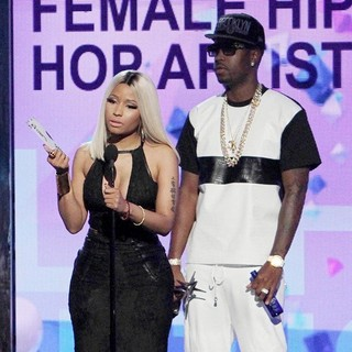 Nicki Minaj, Safaree Samuels in The 2013 BET Awards - Inside