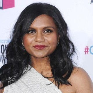 Mindy Kaling in 17th Annual Critic's Choice Movie Awards - Arrivals - mindy-kaling-17th-annual-critic-s-choice-movie-awards-03