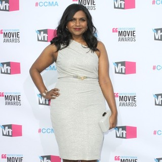 Mindy Kaling in 17th Annual Critic's Choice Movie Awards - Arrivals - mindy-kaling-17th-annual-critic-s-choice-movie-awards-05