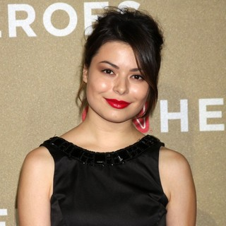 Miranda Cosgrove in CNN Heroes: An All-Star Tribute - Arrivals