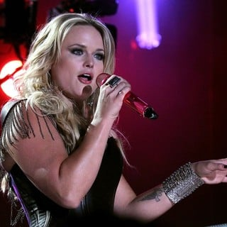 Pistol Annies in 2012 CMA Music Festival Performances - Day 1 - miranda-lambert-2012cma-music-festival-performances-day-1-19