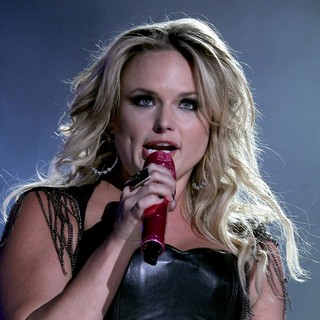 Pistol Annies in 2012 CMA Music Festival Performances - Day 1 - miranda-lambert-2012cma-music-festival-performances-day-1-22