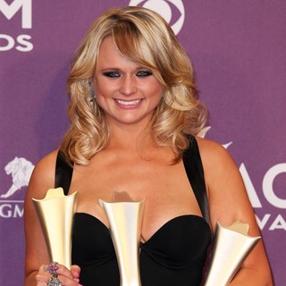 Miranda Lambert in 48th Annual ACM Awards - Press Room