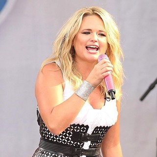 Miranda Lambert in Miranda Lambert Performs as Part of ABC's Good Morning America