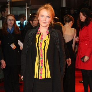 Miranda Richardson in War Horse - UK Film Premiere - Arrivals - miranda-richardson-uk-premiere-war-horse-04