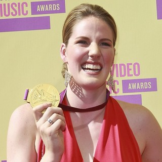 Missy Franklin in 2012 MTV Video Music Awards - Arrivals
