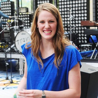 Missy Franklin in Train Performing Live During The Today Show Summer Concert Series