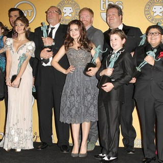 Julie Bowen, Aubrey Anderson-Emmons, Ty Burrell, Sarah Hyland, Ed O'Neill, Ariel Winter, Jesse Tyler Ferguson, Eric Stonestreet, Nolan Gould, Rico Rodriguez, Sofia Vergara in The 18th Annual Screen Actors Guild Awards - Press Room