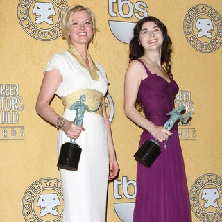 Gretchen Mol, Jacqueline Pennewill in The 18th Annual Screen Actors Guild Awards - Press Room