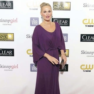 Molly Sims in 18th Annual Critics' Choice Movie Awards - molly-sims-18th-annual-critics-choice-movie-awards-01