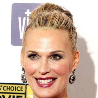 Molly Sims in 18th Annual Critics' Choice Movie Awards - molly-sims-18th-annual-critics-choice-movie-awards-02