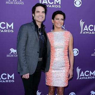Martina McBride in 2012 ACM Awards - Arrivals - monahan-mcbride-2012-acm-awards-01