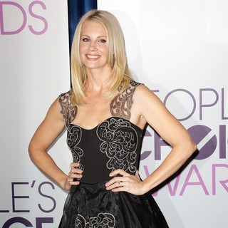 Monica Potter in The 2013 People's Choice Awards Nominee Announcements