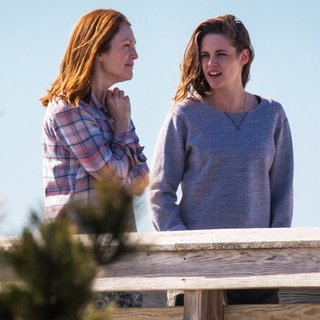On The Set of Still Alice - moore-stewart-on-the-set-still-alice-04