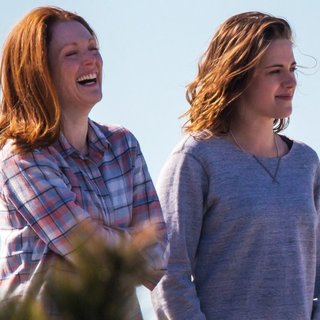 On The Set of Still Alice - moore-stewart-on-the-set-still-alice-05