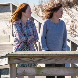 On The Set of Still Alice - moore-stewart-on-the-set-still-alice-06