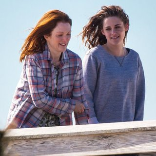 On The Set of Still Alice - moore-stewart-on-the-set-still-alice-07