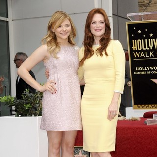 Chloe Moretz, Julianne Moore in Julianne Moore Honored with Star at The Hollywood Walk of Fame