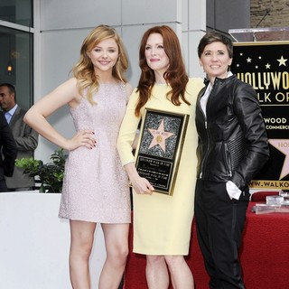 Chloe Moretz, Julianne Moore, Kimberly Peirce in Julianne Moore Honored with Star at The Hollywood Walk of Fame