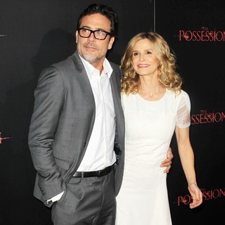 Jeffrey Dean Morgan, Kyra Sedgwick in The Premiere of The Possession - Arrivals