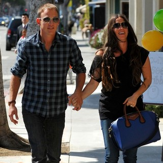 Alanis Morissette and Souleye Out and About in Santa Monica - morissette-souleye-out-and-about-in-santa-monica-02