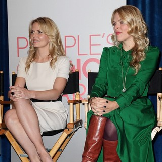 Jennifer Morrison, Busy Philipps in People's Choice Awards 2012 Nominations Press Conference