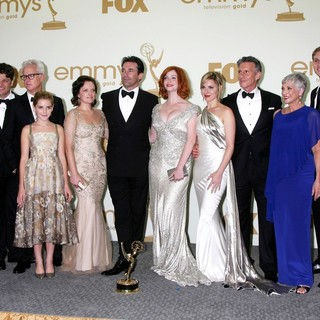 Jessica Pare, Kiernan Shipka, Elisabeth Moss, Jon Hamm, Christina Hendricks, Cara Buono, Randee Heller, Robert Morse in The 63rd Primetime Emmy Awards - Press Room