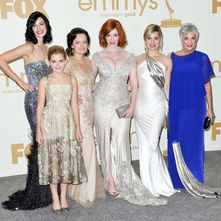 Jessica Pare, Kiernan Shipka, Elisabeth Moss, Christina Hendricks, Cara Buono, Randee Heller in The 63rd Primetime Emmy Awards - Press Room