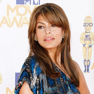 Eva Mendes in 2010 MTV Movie Awards - Arrivals