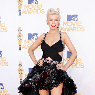 Christina Aguilera in 2010 MTV Movie Awards - Arrivals
