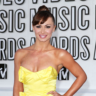 Karina Smirnoff in The 2010 MTV Video Music Awards (MTV VMAs) - Arrivals