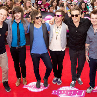 These Kids Wear Crowns in 2010 MuchMusic Video Awards - Red Carpet Arrivals