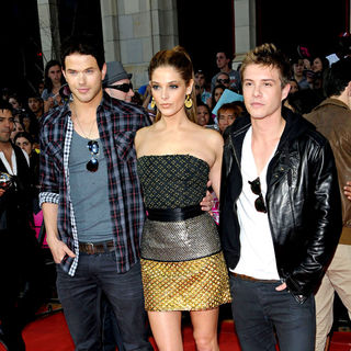 Kellan Lutz, Ashley Greene, Xavier Samuel in 2010 MuchMusic Video Awards - Red Carpet Arrivals