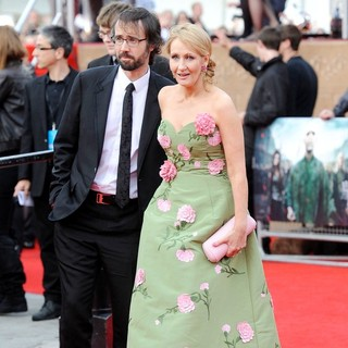 Neil Murray, J.K. Rowling in Harry Potter and the Deathly Hallows Part II World Film Premiere - Arrivals