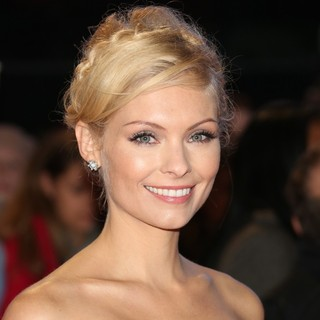 MyAnna Buring in The Premiere of The Twilight Saga's Breaking Dawn Part II - Arrivals