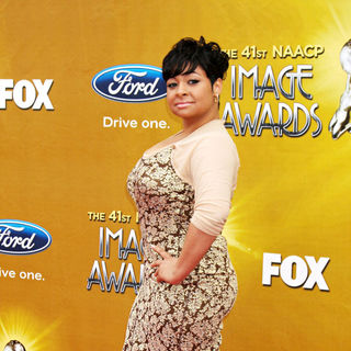 Raven-Symone in 41st NAACP Image Awards - Arrivals