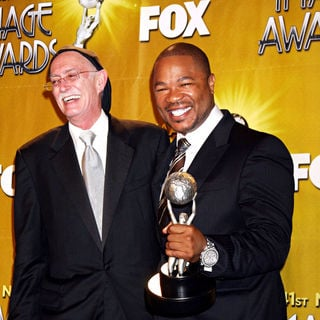 Conrad Ricketts, Xzibit in 41st NAACP Image Awards - Press Room