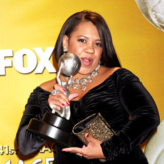 Chandra Wilson in 41st NAACP Image Awards - Press Room