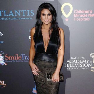 Nadia Bjorlin in 2011 Daytime Emmy Awards - Red Carpet