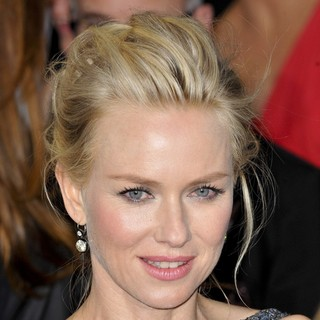 Naomi Watts in The 85th Annual Oscars - Red Carpet Arrivals