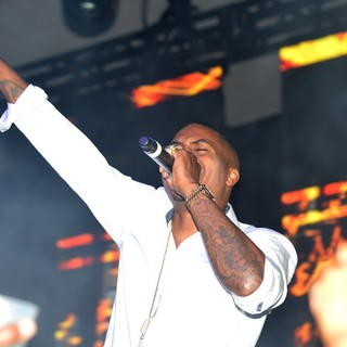 Nas in LeSUTRA Sparkling Liqueur Launch