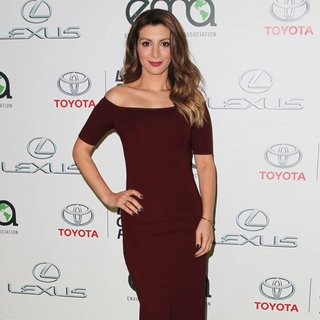 Nasim Pedrad in 24th Annual Environmental Media Awards Presented by Toyota and Lexus - Arrivals