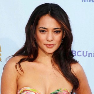 Natalie Martinez in 2012 NCLR ALMA Awards - Arrivals